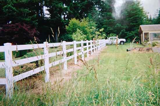 Fences Pergolas Amp Arbors Morning Rain Sprinkler